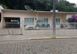 Casa Com 02 Edículas, Carijós - Indaial/Sc